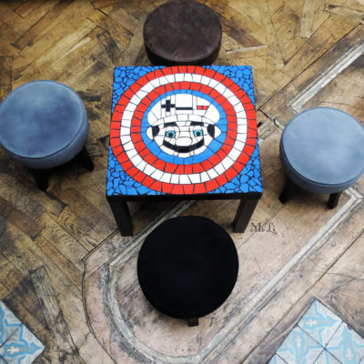 "Table ""Geek"" Captain Mario - mosaïque - 55x55cm - Faïence (Carrelage)"