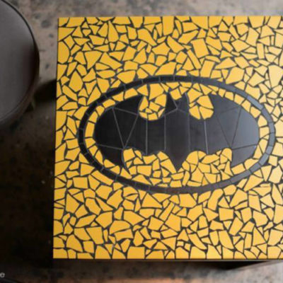 "Table ""Geek"" Batman logo 1989 - 55x55 cm- Faïence"