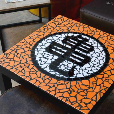 "Table ""Geek"" Tortue Génial (Dragon Ball Z) - 55x55 cm - Faïence"